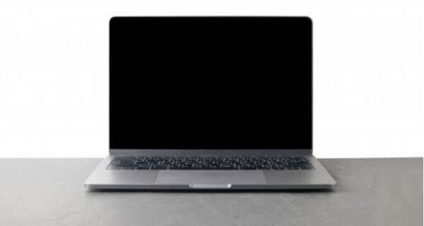 Comment réparer un problème d'écran noir sur Windows 10  ?