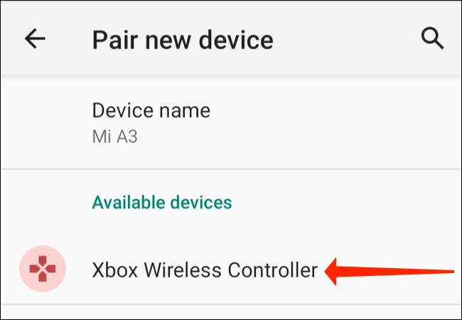 """Sur le """"Associer un nouvel appareil"""" dans Paramètres de votre téléphone Android, appuyez sur """"Manette sans fil Xbox."""""""